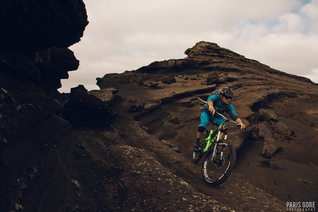 KC riding the sandstone in iceland